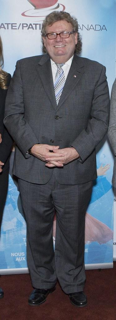 gay-suit-tie-fetish