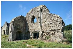 Priory Ruins, Isle of Wight (Blue the Bear) Tags: isleofwight freshwaterbay holidayfellowship quarrabbey priory ruin prieuré priorat monastère monastery monasterio monastero kloster klosterruine klasztor kolostor ruine ruina rovine