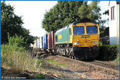 66570 5th Aug 2014 Trimley St Martin (Ian Sharman 1963) Tags: st train martin diesel shed engine loco 66 class container aug 5th felixstowe doncaster 2014 freightliner trimley 66570 4l85