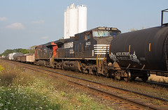NS 9400 at Mile 37.7 Dundas Sub (railroadcndr) Tags: ontario cn train ns engine princeton remote ge freight cnr dpu c409w ns9400 cndundassub cnm360