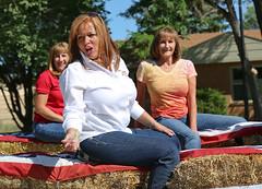 Candidates (wyojones) Tags: sunglasses wagon women election candy tshirt blouse redhead jeans blonde wyoming hay cowley candidates bighornbasin pioneerdays haywagon publicoffice bighorncounty wyojones cowleydays