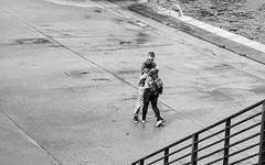 Couple (kohlmann.sascha) Tags: street people blackandwhite bw woman man berlin love blancoynegro water monochrome deutschland donna couple wasser noiretblanc femme mulher paar streetphotography menschen uomo mann monochrom banister frau guardrail schwarzweiss homem amore youngman liebe lamour biancoenero homme balustrade coppia cutoff mensch rapaz balaustra geländer 女人 男人 ringhiera 男子 女子 schwarzweis 栏杆 elhombre jungermann gardefou parapetto elamor 双 lapareja 栏 对 balaustrata streetfotografie laseñora labarandilla strasenfotografie labaranda мужчи́на же́нщина absperrungsvorrichtung парапе́т пери́ла па́ра фра́у челове́к