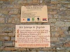 mot-2002-riviere-sur-tarn-peyrelade_chateau_info01_800x600
