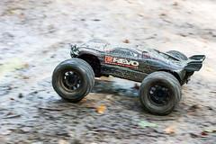 RC Revo Mud (subzeroy_de) Tags: water control mud hobby remote splash wald rc regen matsch revo