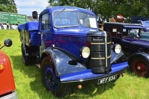 Woolpit Steam Rally, Bedford OSBT 1952
