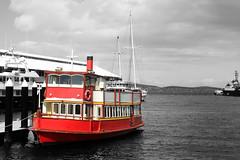 Red Boat (kristin.mockenhaupt) Tags: water harbour hafen australien tasmanien downunder ozean ocean sea meer seefahrt colorkeying