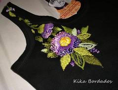 P2280007 (Kika Bordados by Angelica Krauss) Tags: flowers brazil flores butterfly handmade embroidery craft tshirt artes emboidery artesanatos bordados manualidades lantejoulas brilhos pedraria feitoámão camisetabordadaàmão bordadosfeitoàmão kikabordados kikakrauss