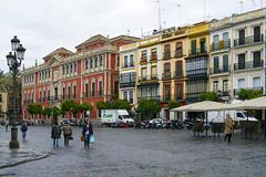 Sevilla (Antonio Vaccarini (vanto5)) Tags: street travel espaa canon sevilla andaluca spain cityscape seville andalusia spagna siviglia canonef24105mmf4lisusm canoneos7d antoniovaccarini