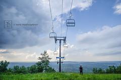 25-52/2014 ~ Highlander Walkabout (DinsPhoto) Tags: rain skihill thundercloud ribmountain wausauwi