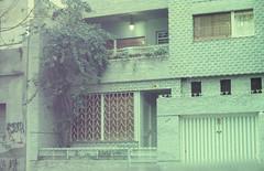villa crespo (Antonella Casanova) Tags: kodak vision 200t tungsteno