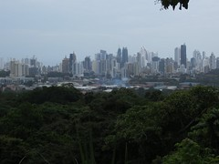 Panama City vanuit de jungle
