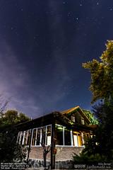 Mi casa bajo las estrellas (felixbernet) Tags: madrid nightphotography house stars star casa arquitectura exterior cielo estrellas nocturna nocturne casadecampo fotografanocturna eurovillas tecnicasfotograficas littlecantora