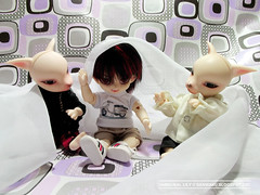 Having Fun (2) (Lily Skadi) Tags: doll sam leo dean fox bjd abjd dz dollzone fujifilmfinepixs2980