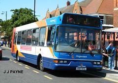 Stagecoach Lincolnshire (33217) ELC Dennis Dart SLF - V517 XTL (J.J.Pay 8581) Tags: bus stagecoach skegness eastlancs v517xtl