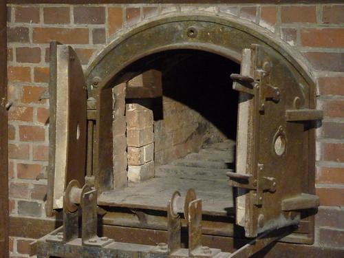 Dachau - crematorium (3)