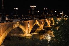 Le Pont de Pierre (Cilcgaillard) Tags: france canon bordeaux nuit pontdepierre garonne aquitaine gironde lampadaires cecilegaillard cilcgaillard