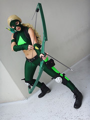 Artemis (Young Justice) (greyloch) Tags: dragoncon cosplay costume pretty hotlooking dccomics 2016 sony dsctx30 niksoftware topazlabs animatedcharactercostume animatedcharacter