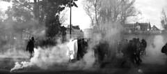 Manifestation contre la venu du Front-National a Nantes 25 Février 2017 (à l'oeil de verre photographie) Tags: manifestation police crs black block gaz lacrymogène pavé feu rebelion action libertaire gendarmerie gendarme mobile flic resistance urban riot violences policieres émeutes urbaines émeute flashball bt gl06 brügger thomet ag quai baco nantes à loeil de verre photographie arrestation lbd front national chateau des ducs bretagne rue strasbourg àloeildeverrephotographie fn
