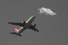 Airplane Airbus A319-111 - EasyJet - G-EZAI (https://katalan46.wixsite.com/fotografia) Tags: airbus a319 avion plane sky cielo volar splash color bnw cloud nube fly flying contrast contraste blackandwhite easyjet 2006 gezai orange naranja air vuelo flight airplane tricolor madrid london