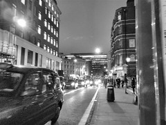 Waiting for the bus (drager meurtant) Tags: dragermeurtant cabs taxi london oxfordstreet evening