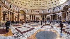 Pantheon in Roma (Maarten Takens) Tags: lazio europa italie roma beauty eternalcity stones antic romans romeinen fffotoschule bellaitalia romecastelsanangeloklotz panorama1 lpwa italien italy bauwerk europe panteon