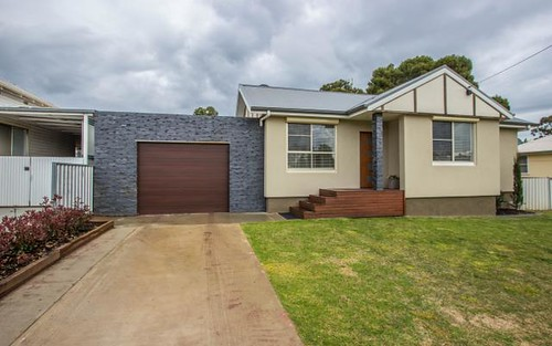 44 Larmer Street, Narrandera NSW 2700