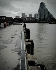 Chelsea Wharf view across the Thames to Battersea (Greta Powell) Tags: instagramapp square squareformat iphoneography uploaded:by=instagram london battersea chelsea chelseawharf insta mobilephone thames street city samsung samsungedge river riverthames