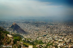 Yemen - Taiz (  ) Tags: boy portrait canon landscape yemen sanaa taiz         canon6d  intaizsapir buildings oldsanaa beautifulview