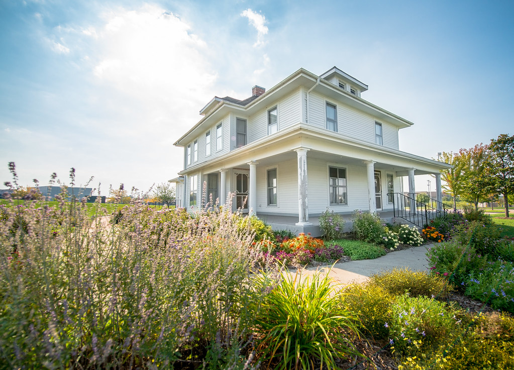 The world 39 s best photos of homes and iowa flickr hive mind for Iowa home builders