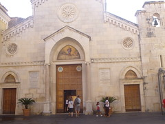 "Sorrento church <a style=""margin-left:10px; font-size:0.8em;"" href=""http://www.flickr.com/photos/104703188@N06/15250867120/"" target=""_blank"">@flickr</a>"