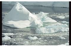 1998_12-005-12-G (becklectic) Tags: reflection antarctica 1998 iceberg icefloe views100 antarcticpenninsula worldtrekker