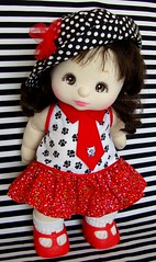 s.14 puntos blanco negro flor 2 (Vero, Vestidos para muecas My Child) Tags: dolls child dress 80 mattel muecas vestidos mychild my