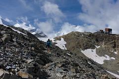 Diavolezza ahead! (Toni_V) Tags: summer snow mountains alps landscape schweiz switzerland europe suisse hiking rangefinder alpen svizzera engadin wanderung m9 2014 bernina oberengadin graubünden grisons svizra pizpalü diavolezza myswitzerland summiluxm grischun 35mmf14asph 35lux 140824 ©toniv leicam9 l1018230