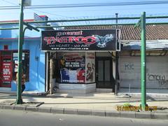 Tattoo parlous a common sight in Kuta. (rudolphfurtado) Tags: bali kuta indonesiatour20142