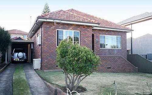 3 Robertson Cr, Mount Lewis NSW 2200