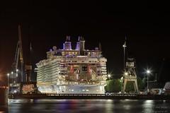 Oasis of the Sea (Reografie) Tags: boot ellen rotterdam ship oasis rozenburg botlek passagier keppelverolme passagiersboot nibbie reografie oasisofthesea