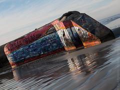 blockhaus (Paul Kerrien) Tags: bzh bretagne finistere architecture bigouden paysage reflet rivage tréguennec france
