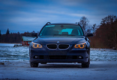 Bmw on ice (Julius Paulin) Tags: bmw 525i bemmi beamer ice snow car winter lake cold finland