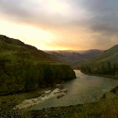 The River of No Return sunset. (Rustic Lens Photography) Tags: sunset green canyon salmon river idaho samsung s7
