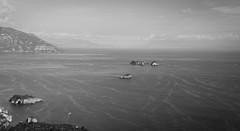 """SDIM1485-sd1- """"Golfo di Salerno""""- mamiya-sekor 150mm f3.5 (ciro.pane) Tags: sigma sd1 merrill foveon golfo salerno vetara isolotti galli scoglio de filippo praiano software hasselbladphocus"""