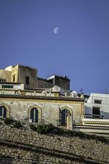IMG_3521 (ibzsierra) Tags: ibiza eivissa baleares canon 7d 224105 is usm ciudad city muralla wall cielo azul blue sky luna moon