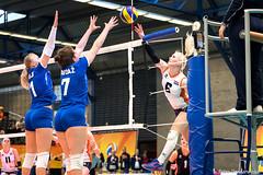 2017-04-08 EK U18 Ned - Slo (32a) (Peter Donderwinkel) Tags: ekmeisjesu18 nederland teamholland slovenië valkenhuizenarnhem papendal volleybal volleyball sportphotography teamsport indoor ek canon nevobo volleybalnl oranje