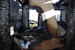 HausBrand054 (hgyx) Tags: feuer brand zerstörung erkalten spuren
