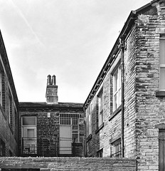 Back Streets (Richie Rue) Tags: film analogue analog bradford city centre architecture street sunny sunshine squareformat 6x6 zeiss nettar foma fomapan tetenalultrafin back streets