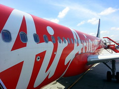 Air Asia - A Terrific LCC in the far east (rougetete) Tags: indonesia bali denpasar westnusatenggara islandparadise birthdaytrip milestonebirthdaytrip 50 50thbday kualalumpur kl airasia klia