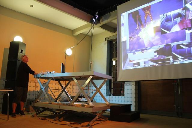 #yamiBrussels - Performance - JODI 01 (iMAL.org)