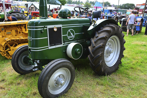 Woolpit Steam Rally, Vintage Tractors, Field Marshall