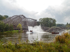 Efteling Theme Park (ThemeParkMedia) Tags: park family holland water netherlands beautiful gardens river fun botanical fire wooden dragon tales magic folklore racing frog rapids fairy roller theme python rides efteling coaster attraction pirana aquarana