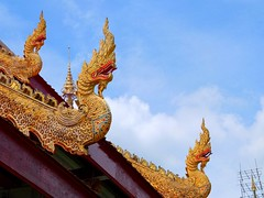 Rooftop (stardex) Tags: roof sky rooftop statue architecture thailand temple buddha religion culture chiangmai watphrasingh stardex