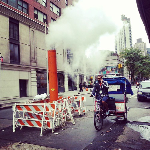 #classic #nyc #classicnyc #rickshaw  #steampipe #pedicab